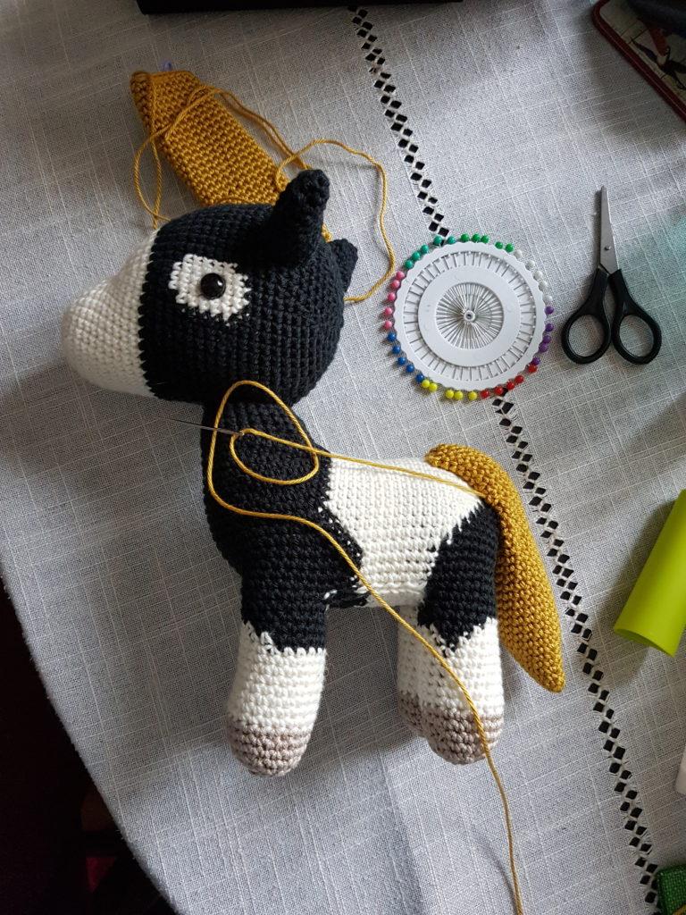 Assemblage cheval au crochet