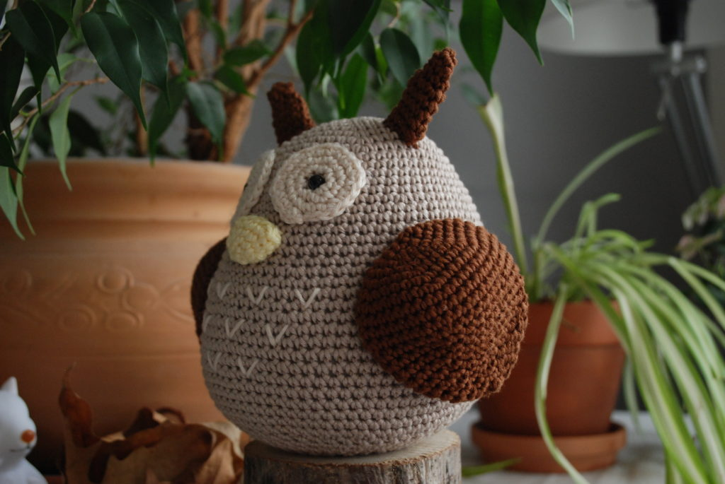 Wings free crochet owl pattern