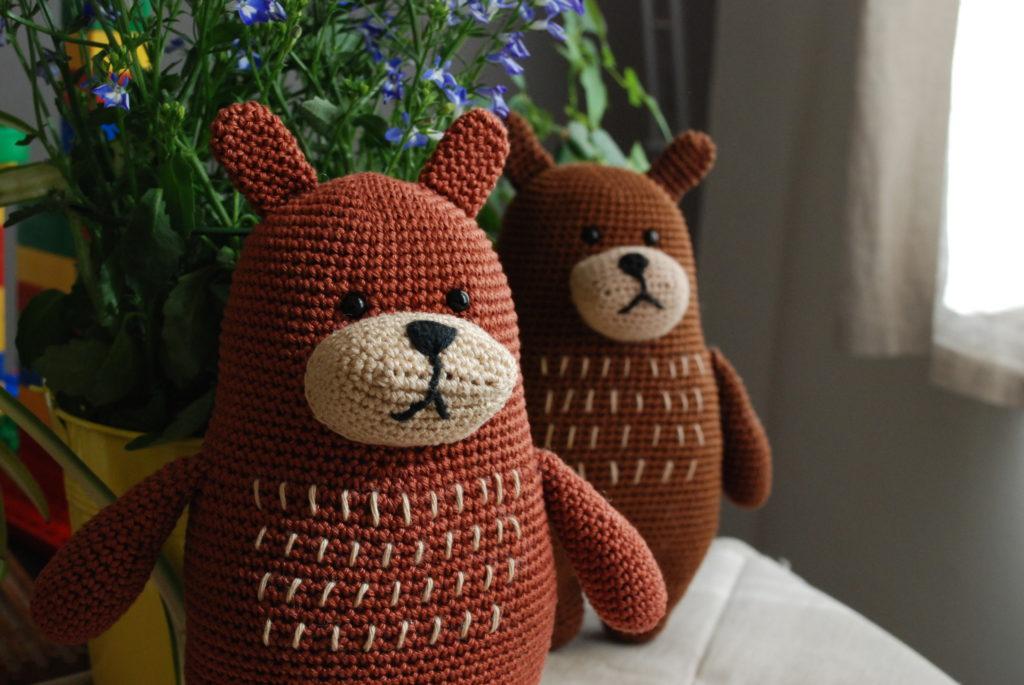 Amigurumi crochet ours